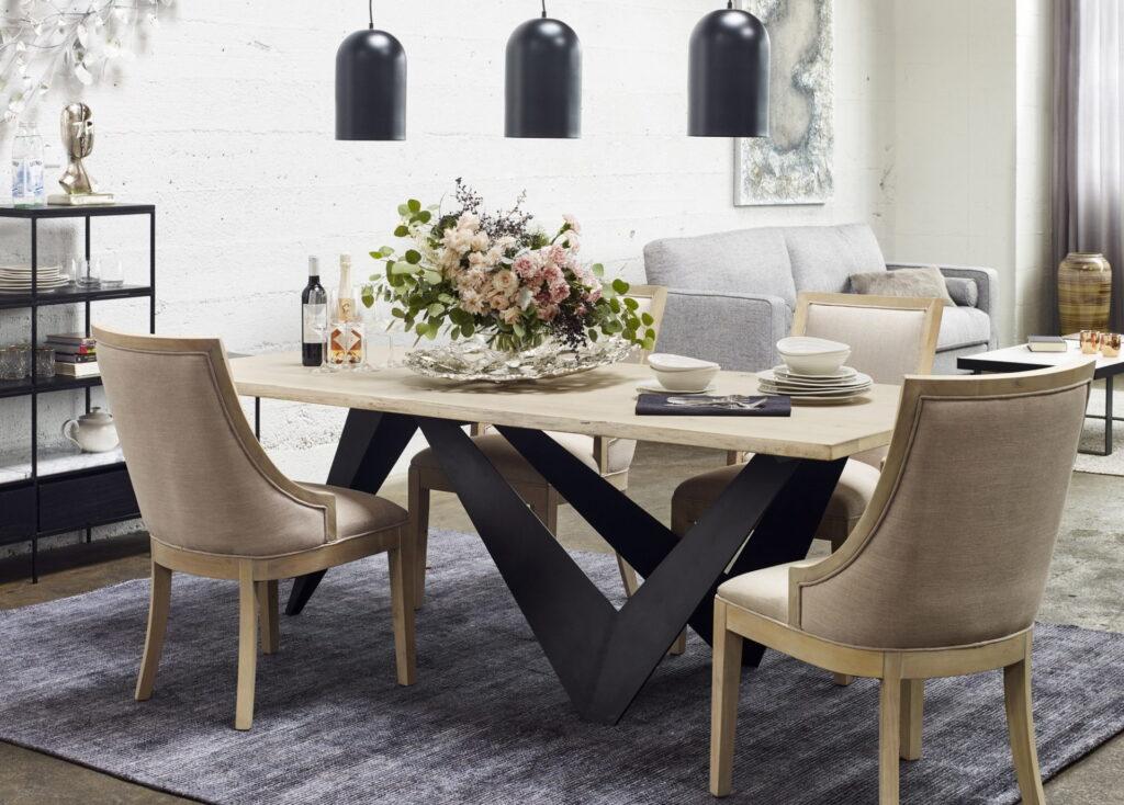 vase dining room